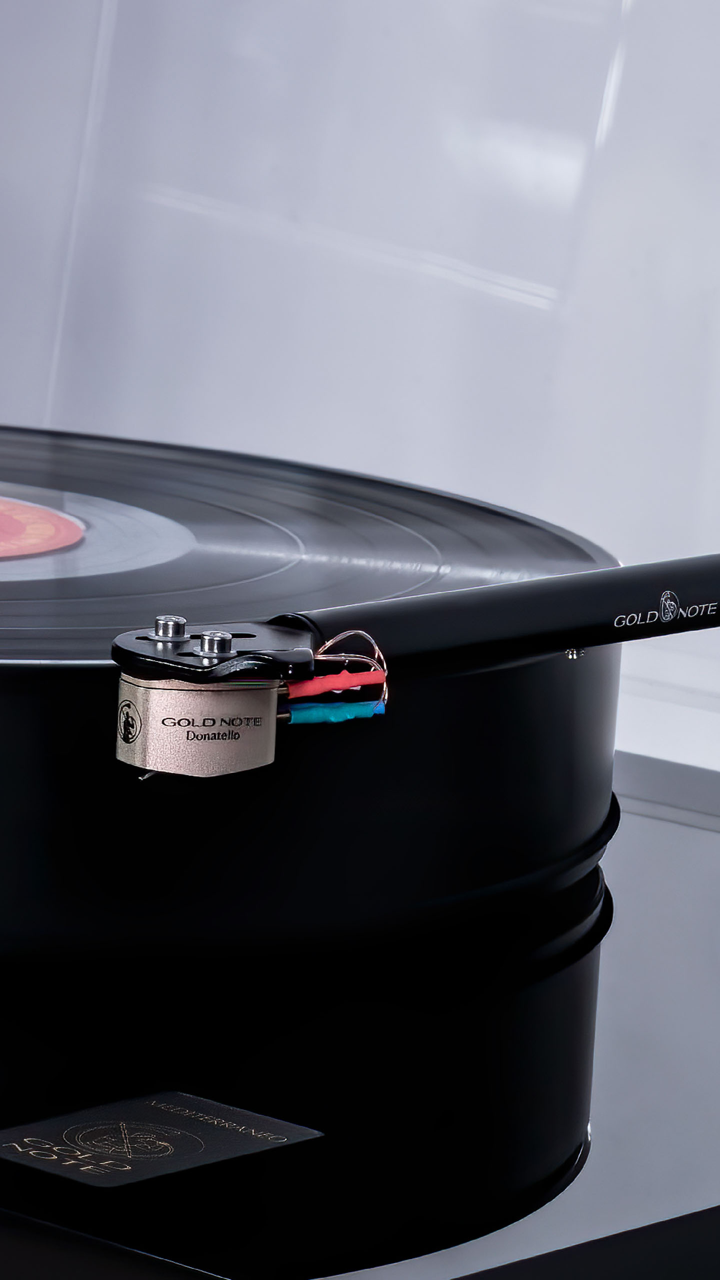 Gold Note Turntables